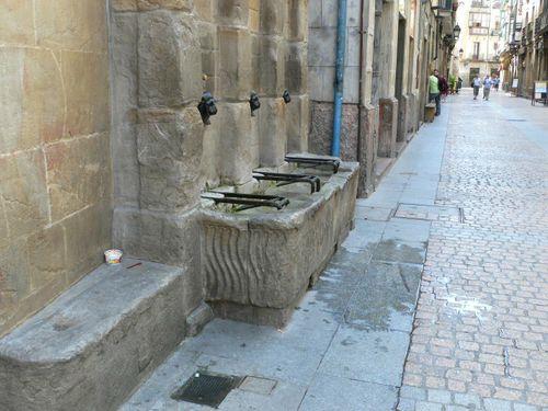 fuente en el casco viejo de bilbao
